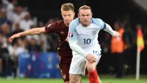 Oleg Shatov, Wayne Rooney, England vs Russia, Euro 2016