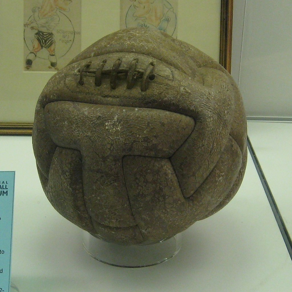 T-Model 1930 World Cup ball