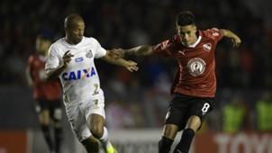 Carlos Sanchez Maximiliano Meza Independiente Santos Copa Libertadores 21082018