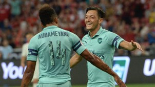 Pierre-Emerick Aubameyang Mesut Özil Arsenal 28072018