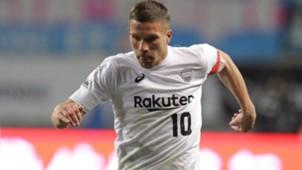 2018-02-24-kobe-Lukas Podolski