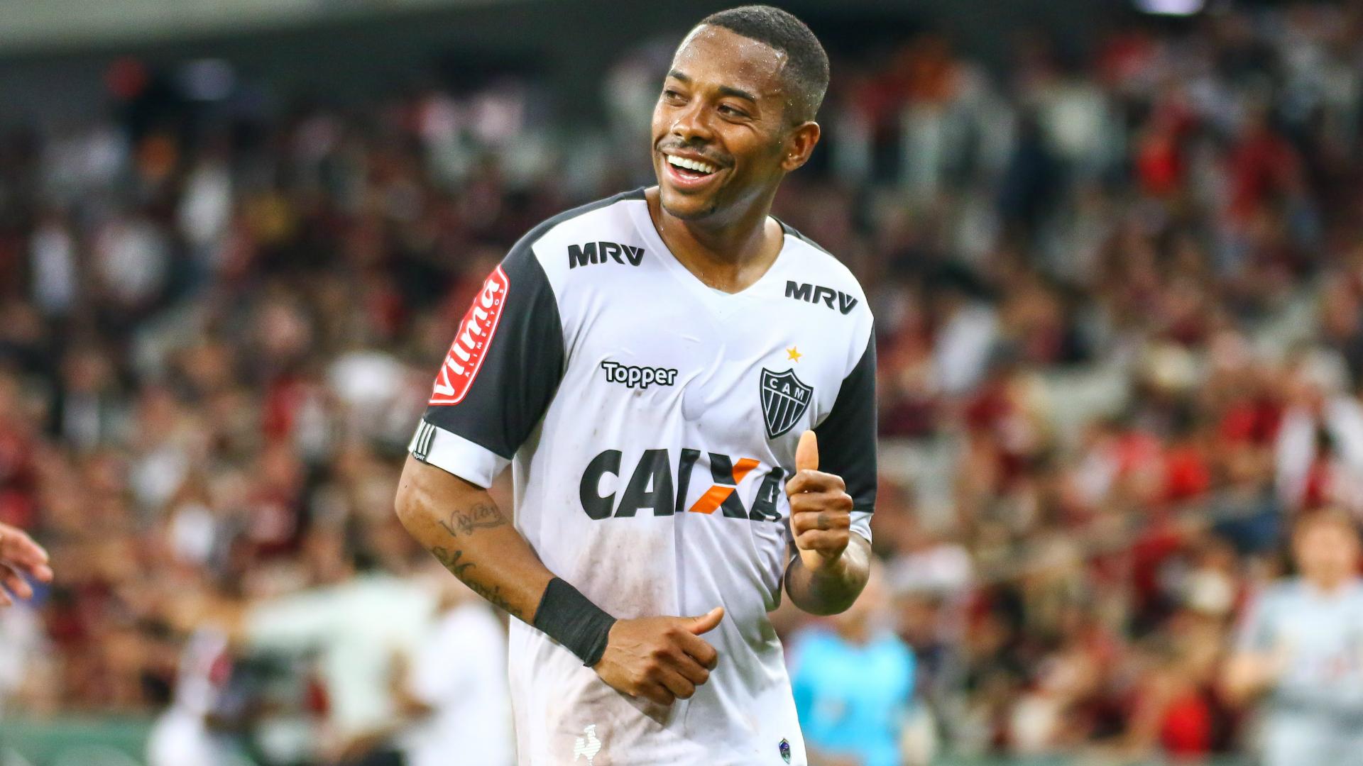 Robinho topa redu§£o salarial para ficar no Atlético MG Mas vale