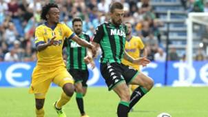 Juan Cuadrado Francesco Acerbi Sassuolo Juventus Serie A