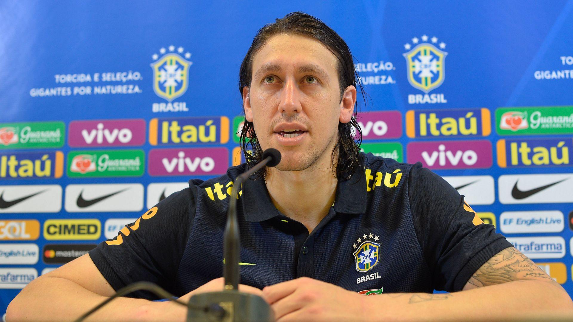 Tite afirma que Brasileirão não pesou para convocação de amistosos