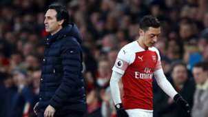 Unai Emery Mesut Ozil Arsenal 2018-19