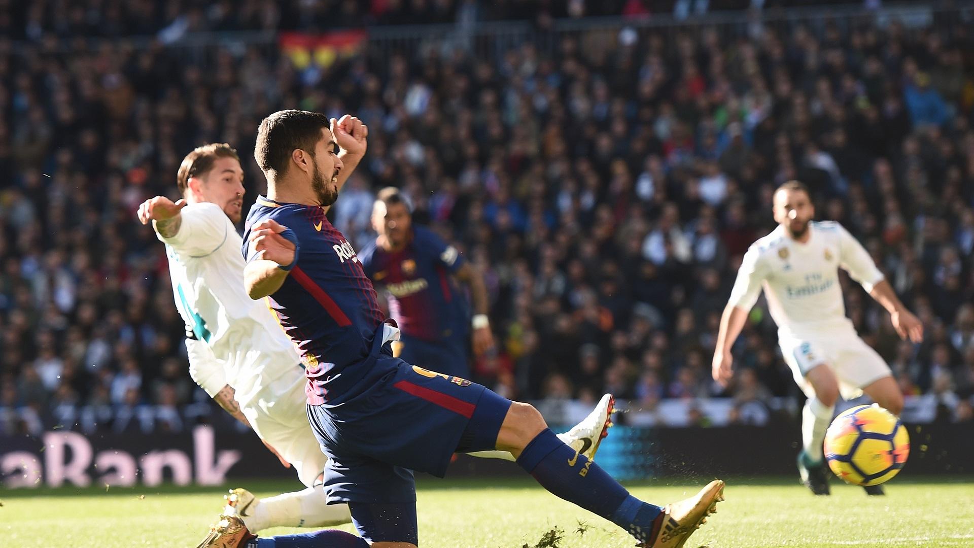 Sergio Ramos Luis Suarez Real Madrid Barcelona 23122017