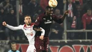 Cristian Zapata Olympiacos Milan Europa League