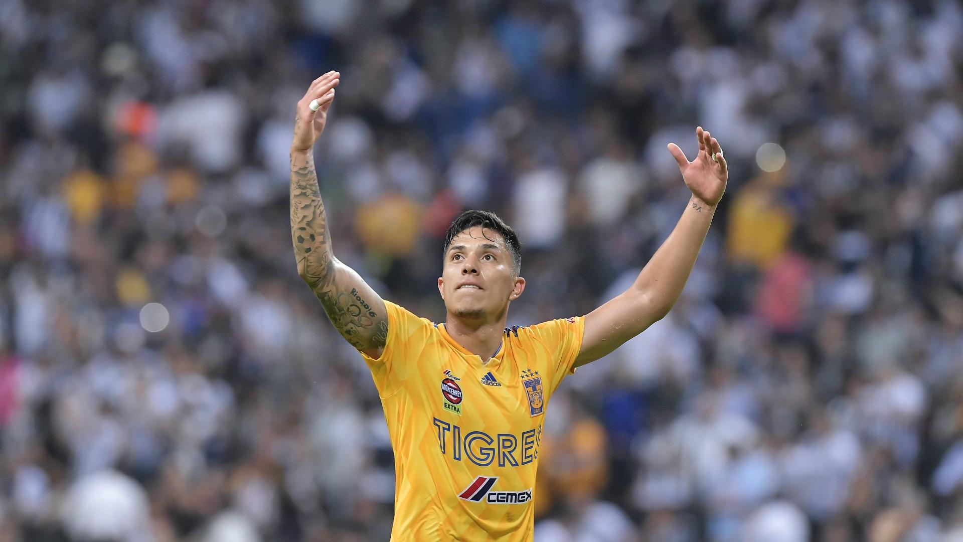 Carlos Salcedo Tigres