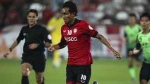 Teerasil Dangda Muangthong United v Jeonbuk Motors AFC Champions League 26022013
