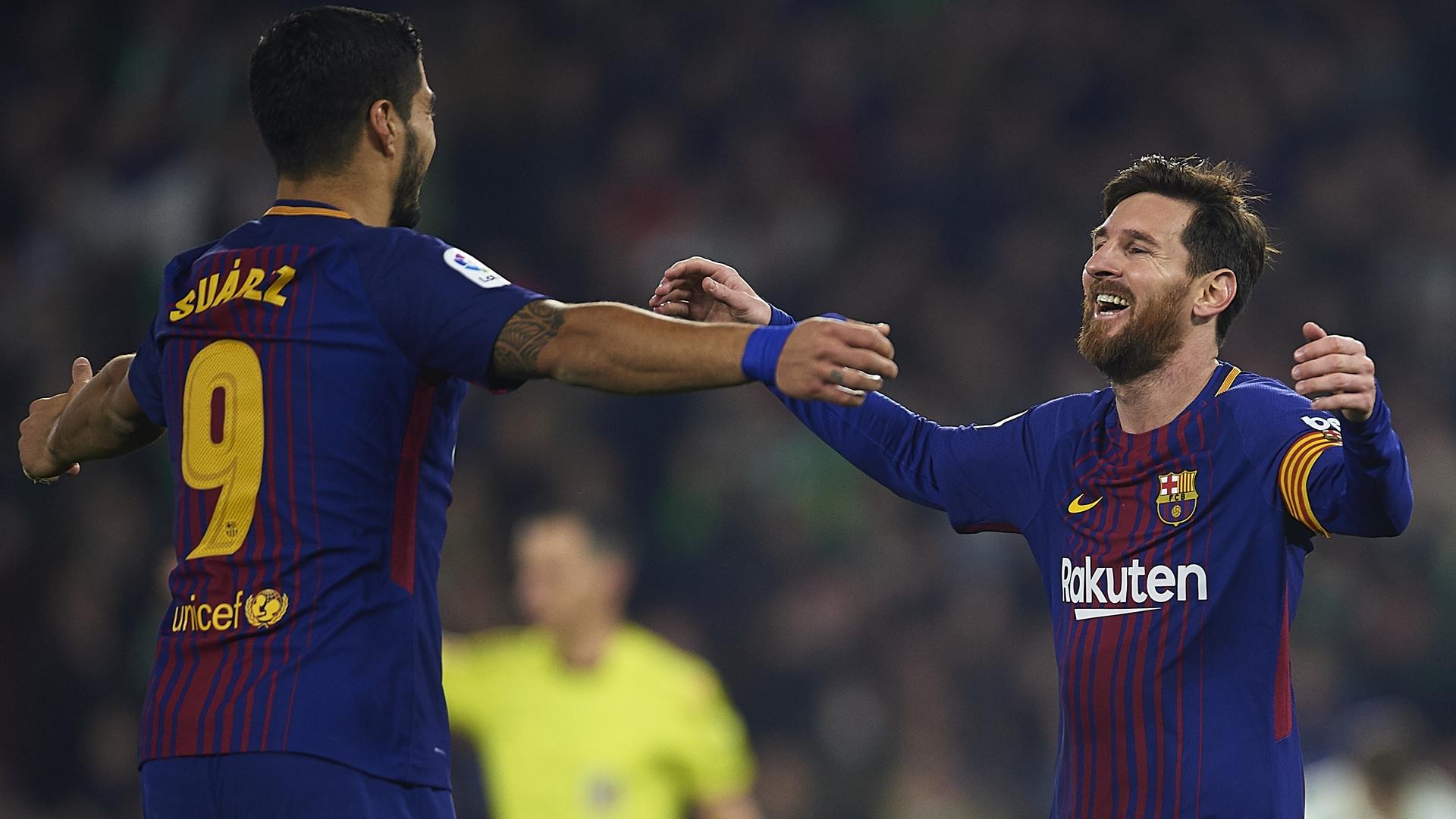 Monchi avverte il Barcellona: