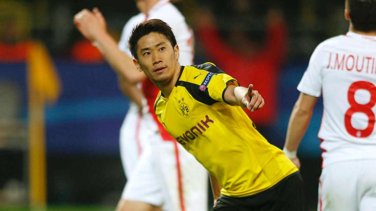 Shinji Kagawa signs new Borussia Dortmund contract
