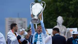 Luka Modric Champions League trophy 27052018