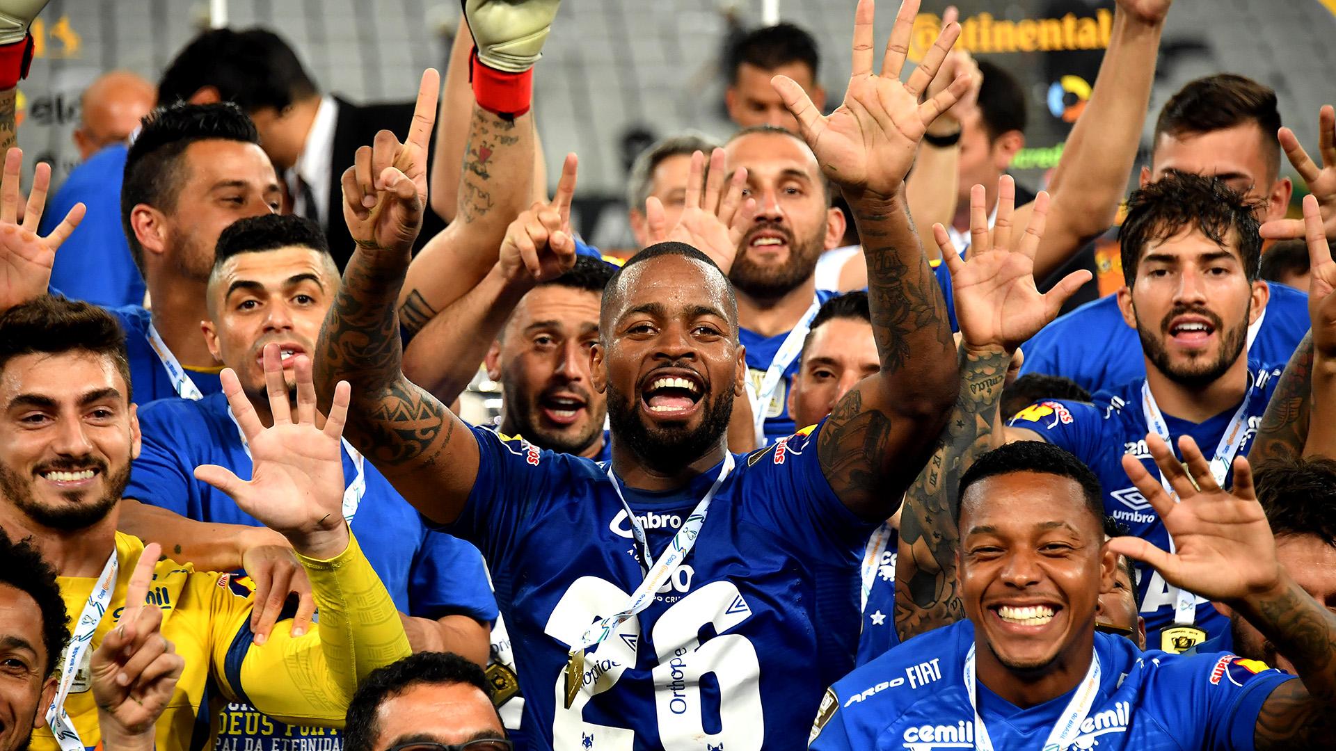 Dedé hexa campeão Corinthians Cruzeiro Copa do Brasil final volta 17102018