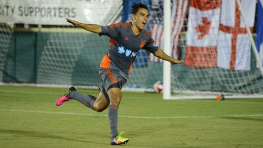 Omar Bravo Carolina Railhawks