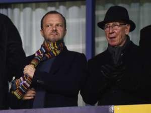 Ed Woodward Sir Bobby Charlton Manchester United