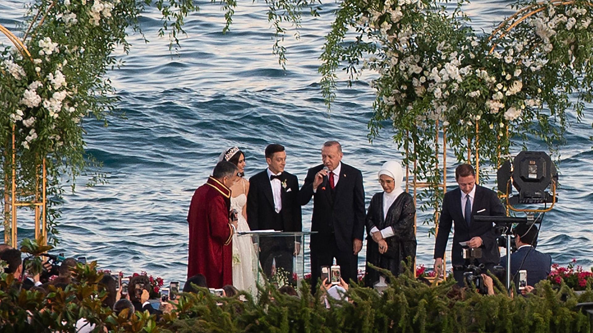 Mesut Ozil wedding Recep Tayyip Erdogan 2019
