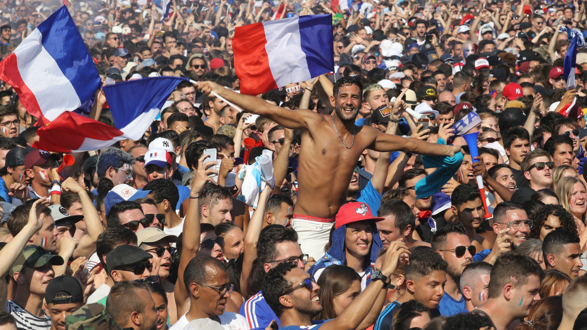 French fans France Croatia World Cup Final 15072018.jpg