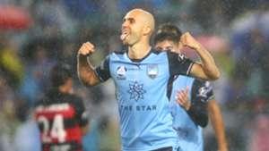 Adrian Mierzejewski Sydney FC