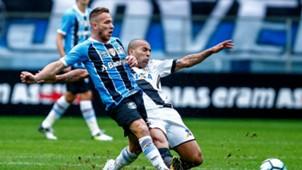 Arthur Emerson Sheik Gremio Ponte Preta Brasileirao Serie A 16072017