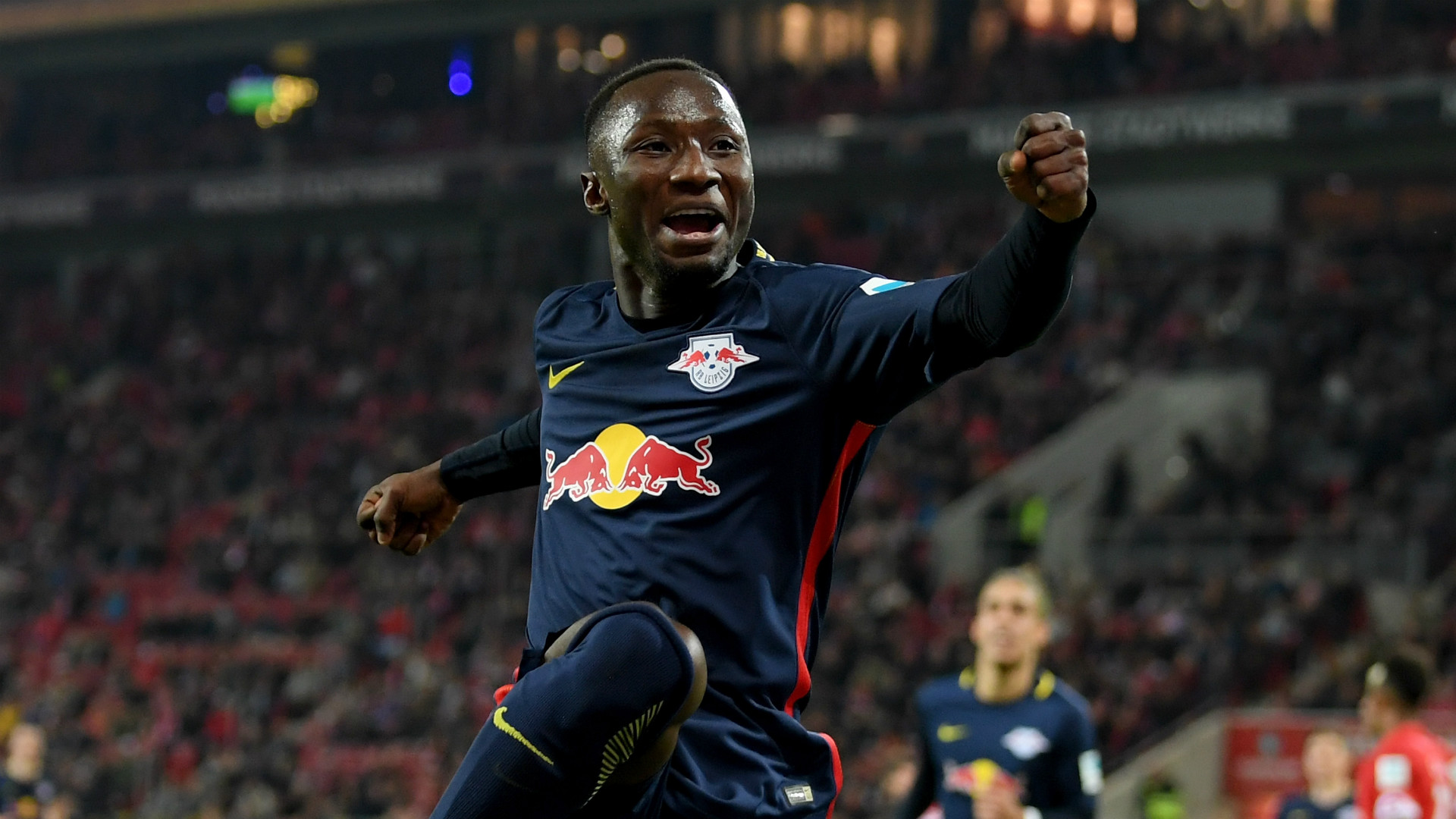 Naby Keita signe à Liverpool — Officiel
