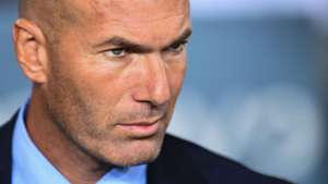 zinedine zidane real madrid supercopa 081317