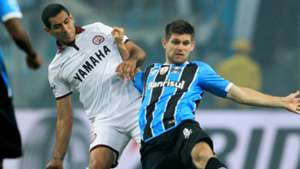 Walter Kannemann Jose Sand Gremio Lanus Copa Libertadores 22112017