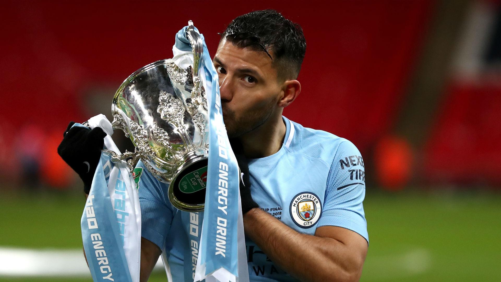 Sergio Aguero Carabao Cup trophy 2018