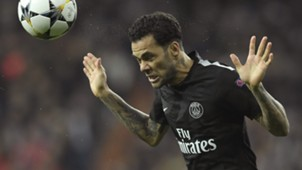 Dani Alves Real Madrid PSG Champions League 14022018