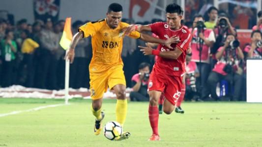 Vendry Mofu - Bhayangkara FC & Sandi Darma Sute - Persija Jakarta