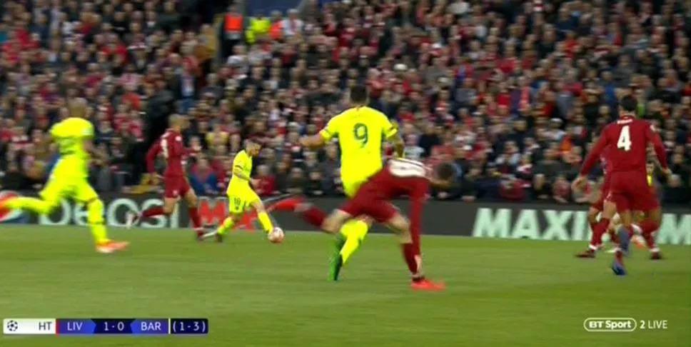Liverpool Barcelona Luis Suarez kicking Andy Robertson