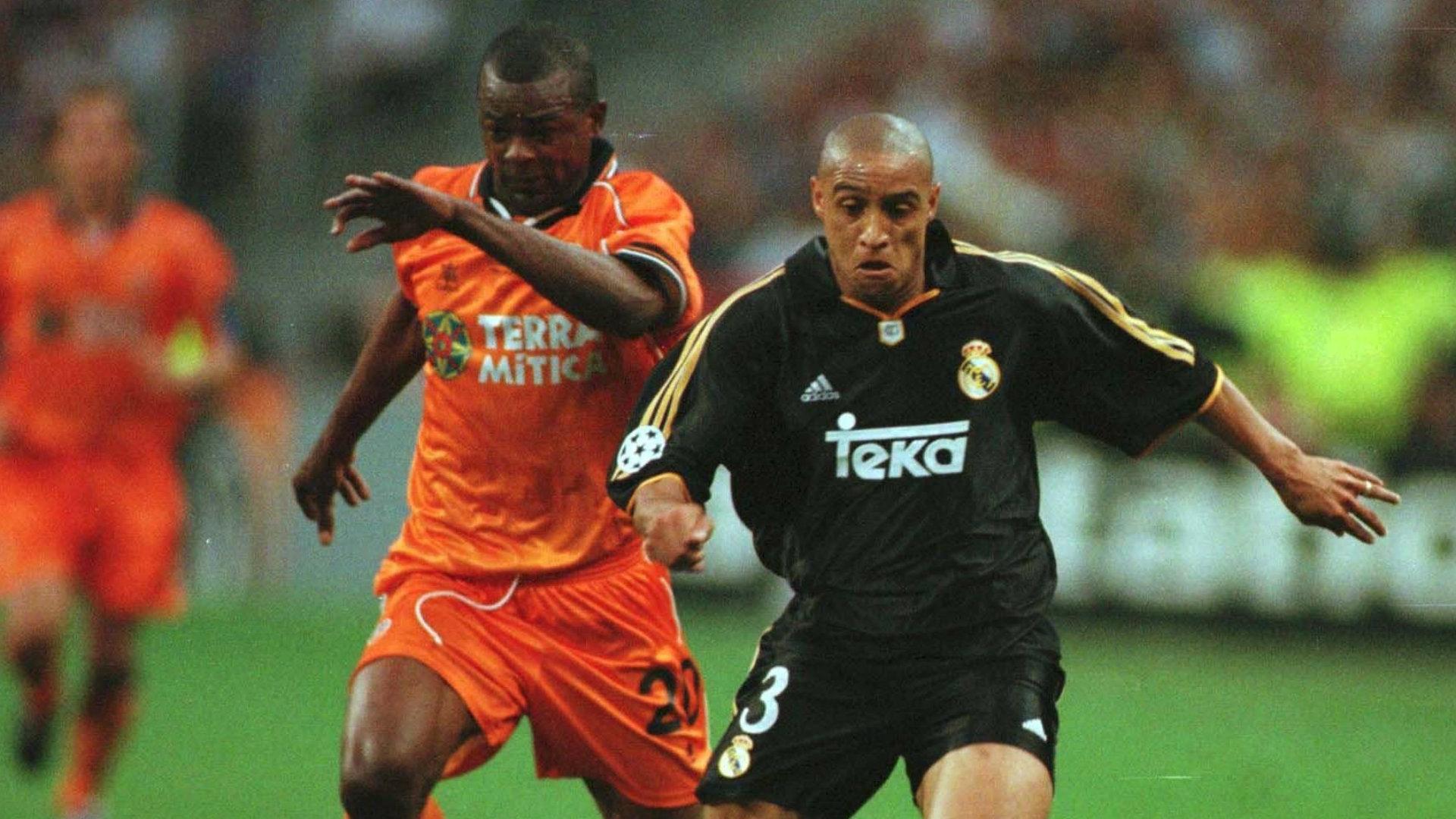 Roberto Carlos Real Madrid Valencia 2000