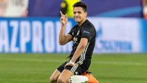 Alexis Sanchez Manchester United Sevilla Champions League
