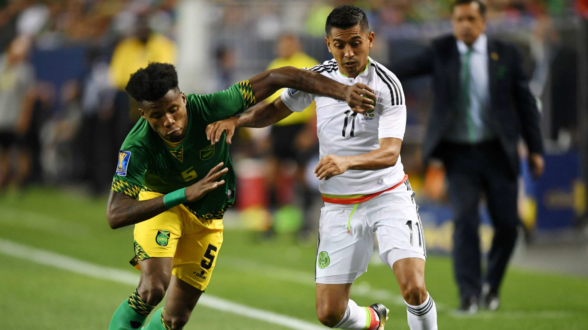 Elias Hernandez Alvas Powell Mexico Jamaica Gold Cup