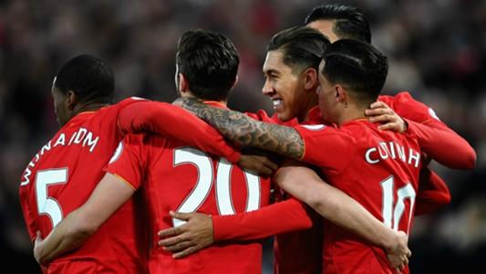 HD Liverpool celebrate Firmino goal v Arsenal
