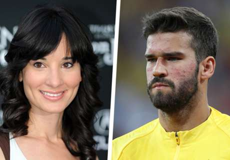 Comedian Alison Becker announces Liverpool move