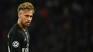 Neymar PSG Napoli UEFA Champions League 24102018