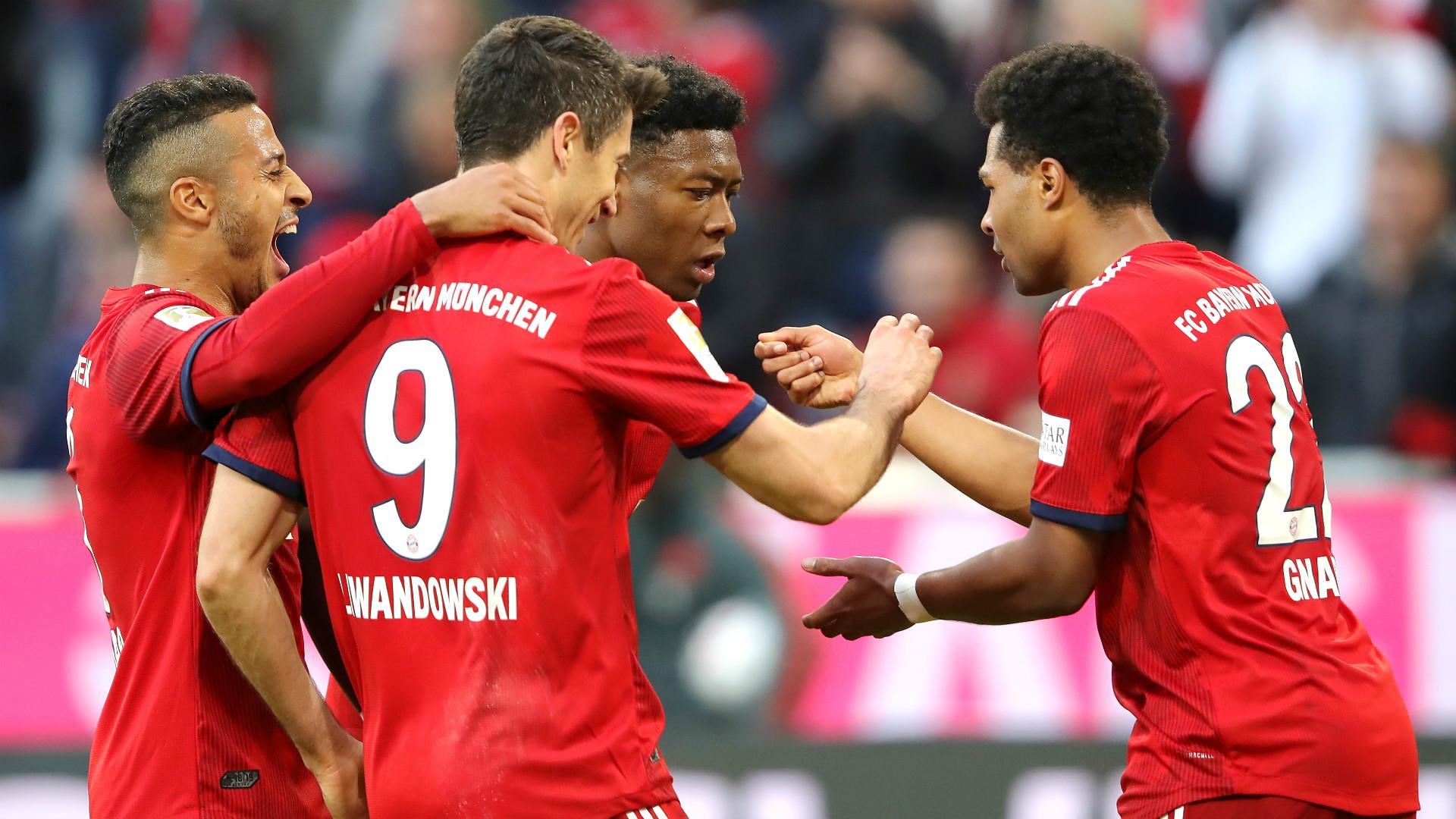 Bayern Munich celebrate 2018-19