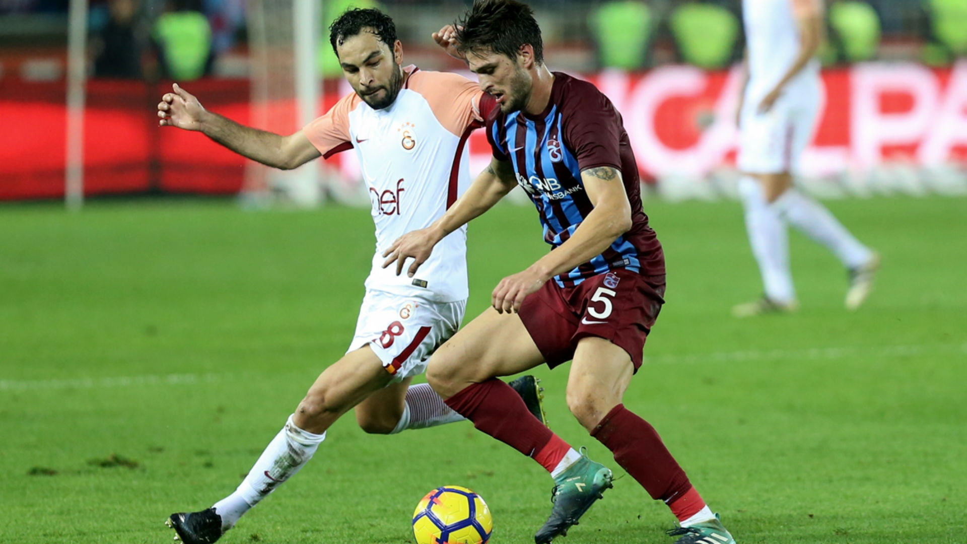 Selcuk İnan Okay Yokuslu Trabzonspor Galatasaray 10292017