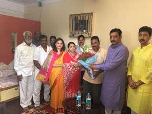 Aniket Jadhav Parents Kolhapur