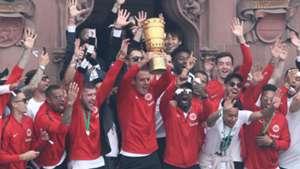 Frankfurt mit Pokal 20052018