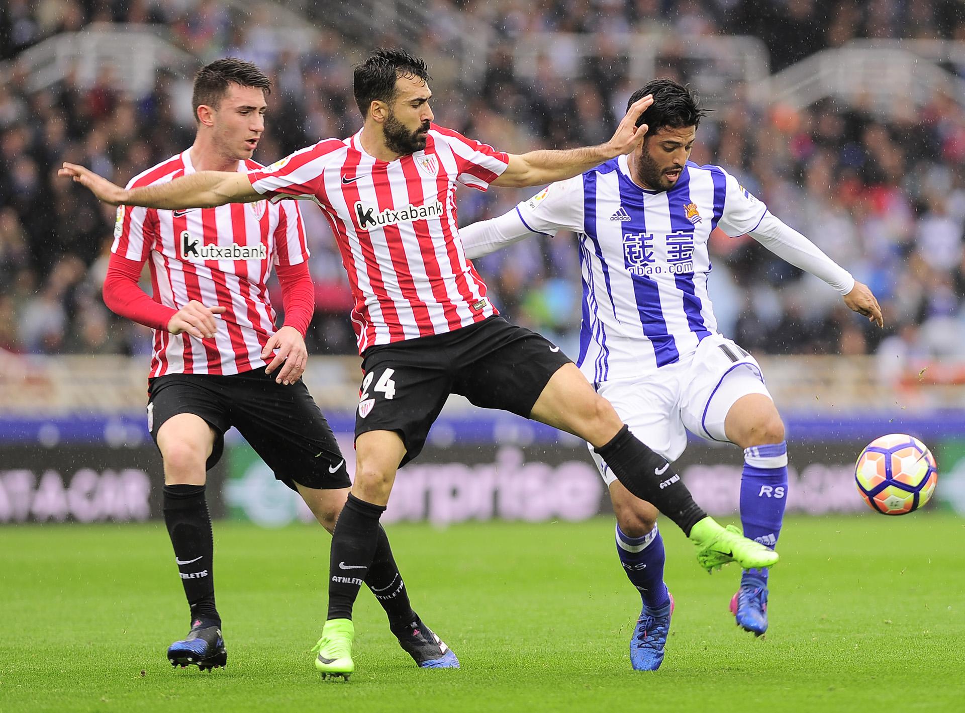 La Real Sociedad rendirá homenaje a Carlos Vela en su último partido
