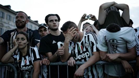 Juventus fans Piazza San Carlo Turin 03062017