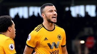 Romain Saiss Wolves 2018-19