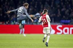 Thomas Müller vs Nicolas Tagliafico 12/12/18
