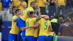 220619 Perú Brasil Dani Alves