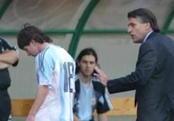 Lionel Messi Tocalli Argentina Hungria 2005