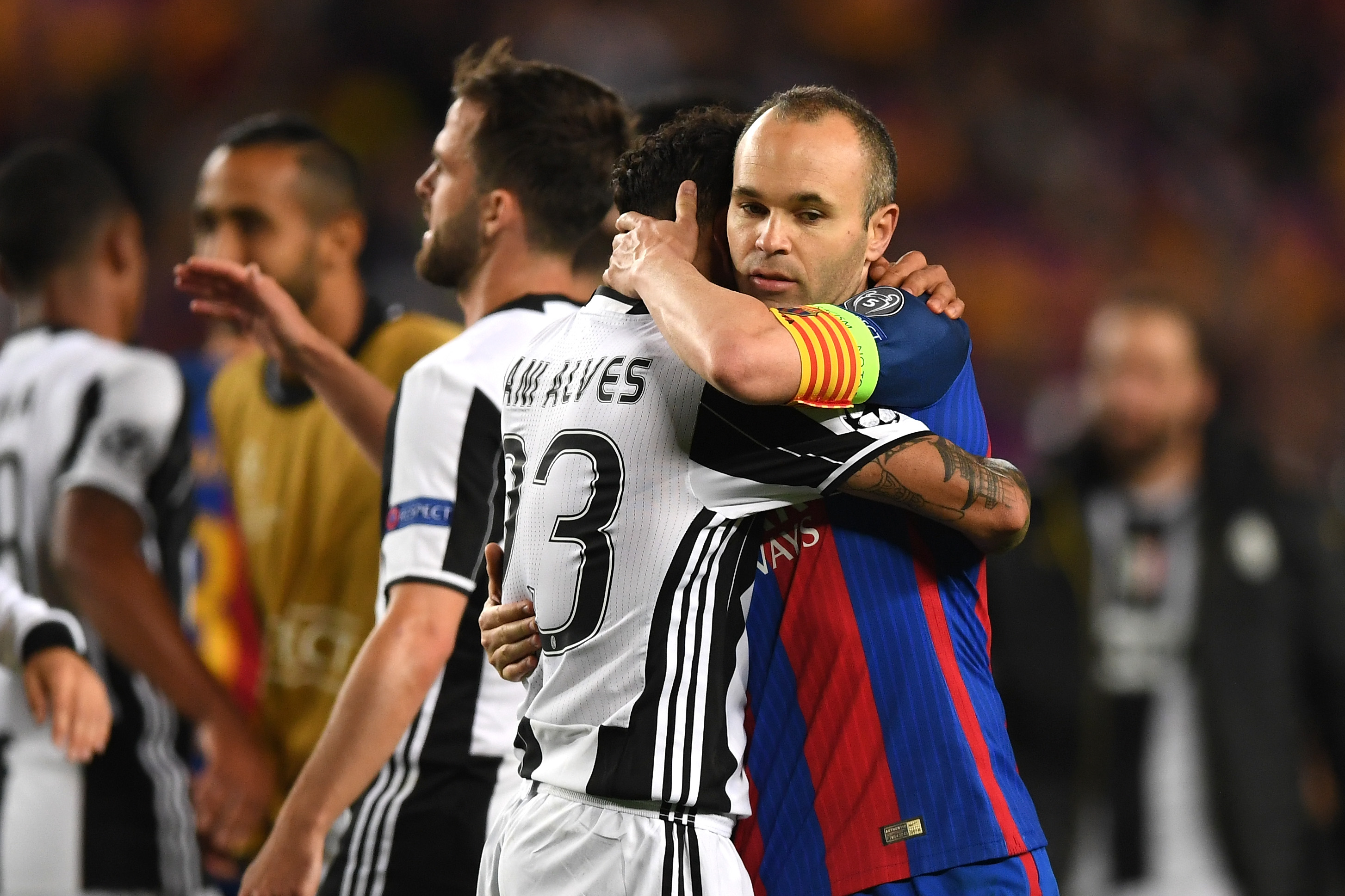 Daniel Alves & Andrés Iniesta - Barcelona v Juventus