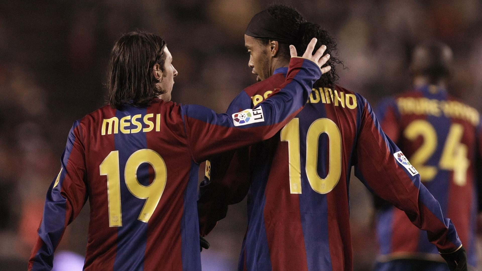 FC Barcelona Lionel Messi Ronaldinho 01112007