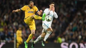 Giorgio Chiellini Cristiano Ronaldo Juventus Real Madrid CHampions League 11042018