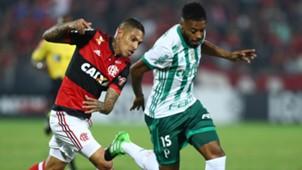 Michel Bastos Paolo Guerrero Palmeiras Flamengo Brasileirao Serie A 19072017